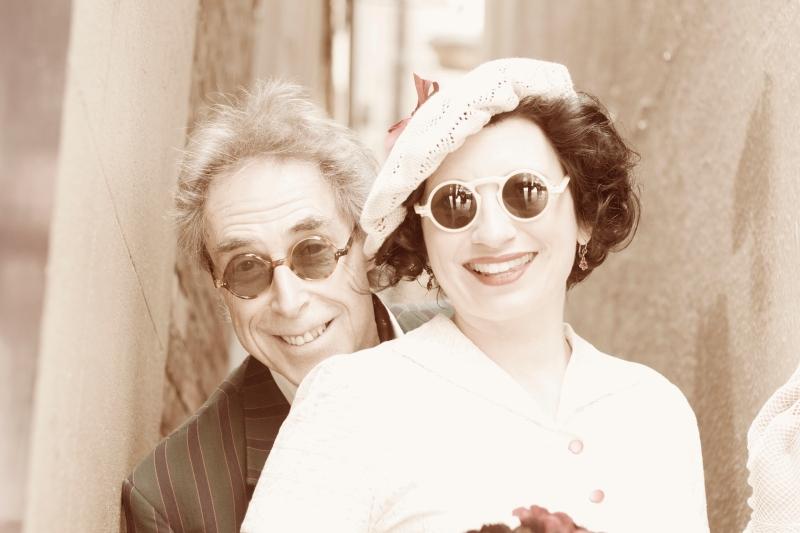 Mr & Mrs Lewis (173)